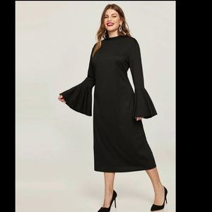 SHEIN || Bell sleeved dress in Black